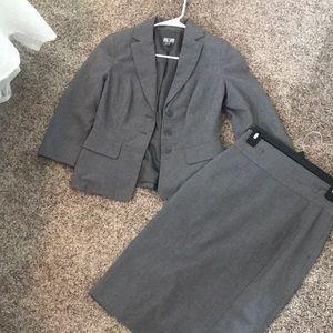 Worthington gray suit